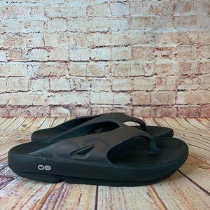 Oofos Original Flip Flop Sandal in Brown w/ Logo Black Footbed M/9 W/11